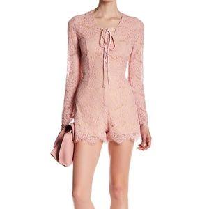 Romeo + Juliet Lace Romantic Romper Dusty Pink